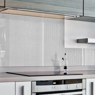 """Фартук для кухни из серии """"Шик"""". Стандартные размеры:  - 300 CM (Ширина) X 60CM (Высота)  Наполнение: стеклянная панель """"Кризет размером 300х60 см."""