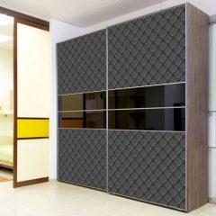 2-дверный шкаф-купе черный 070 с декоративной пленкой Оракал-641