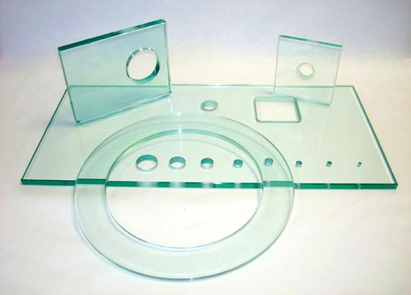 сверление отверстий в стекле