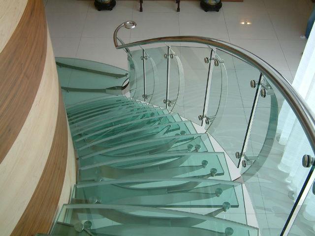 триплекс для лестниц