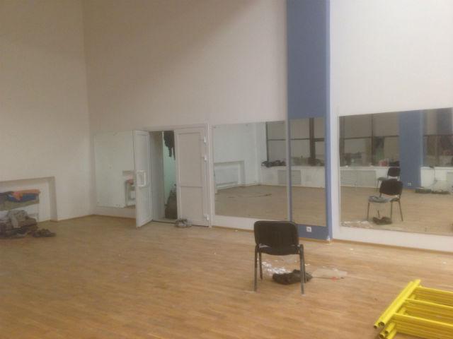 Зеркала в тренажерный зал 123