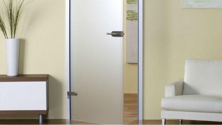 двери из матового стекла